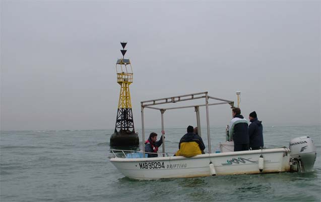 Immersion-of-an-altimeter-at-the-mouth-of-the-Rhone-near-the-Roustan-buoy.-Instrumentation-cruise-of-the