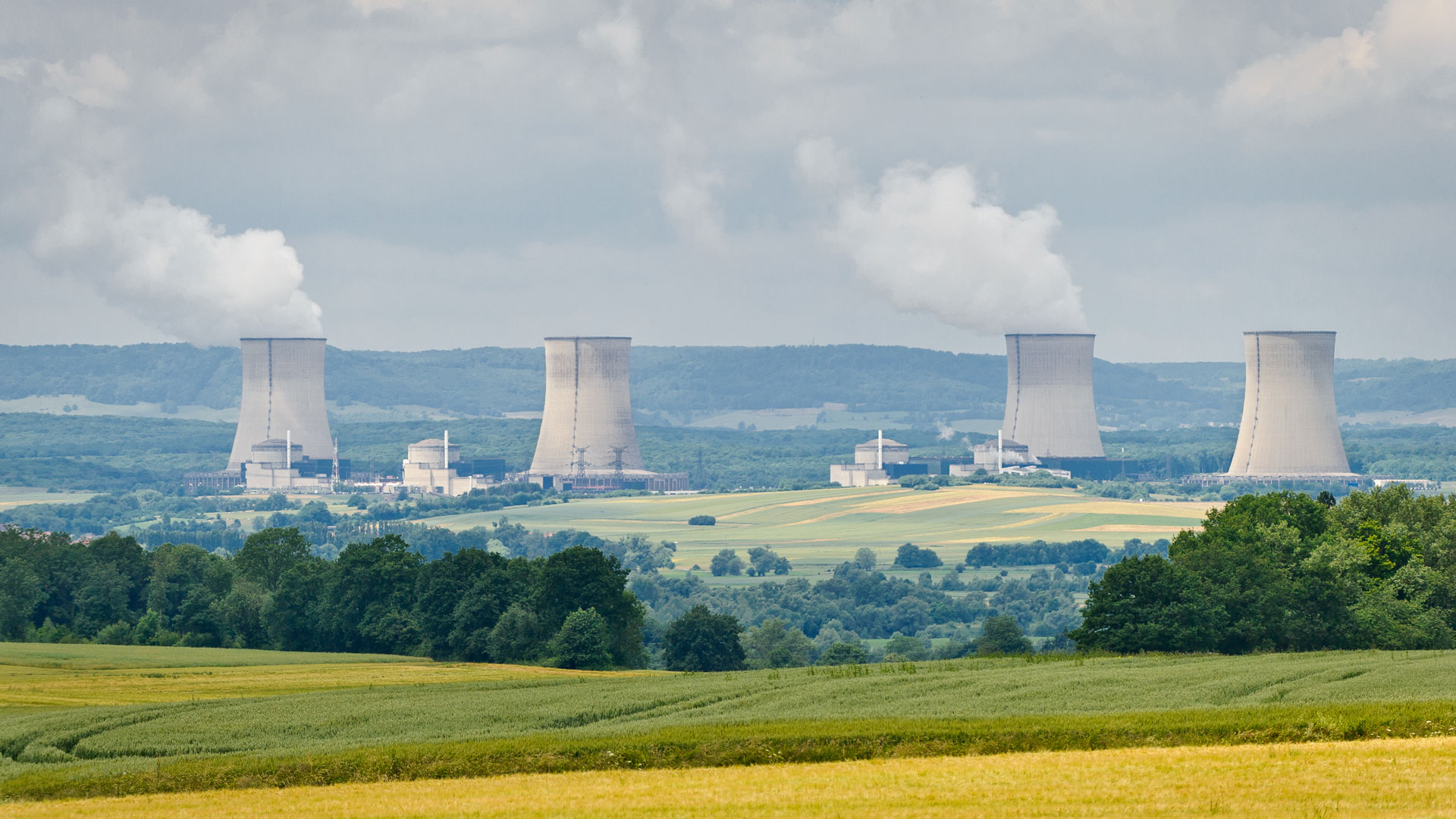 Modelling radioactive fallout in a crisis situation